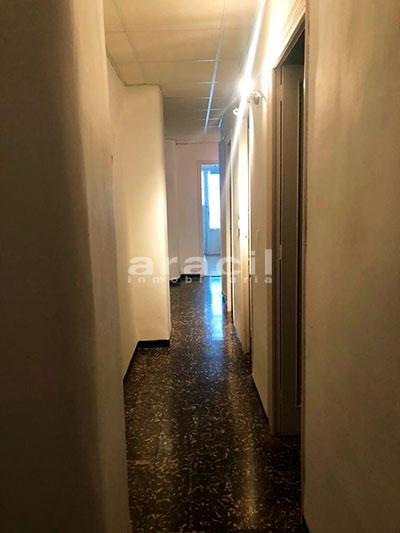 Amplio piso a la venta en Ensanche - Alcoy. - Pasillo