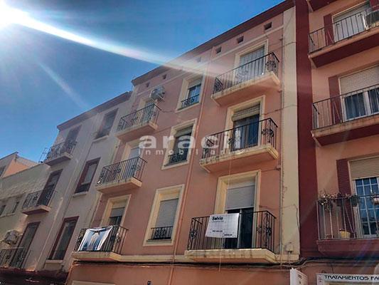 Amplio piso a la venta en Ensanche - Alcoy. - Fachada