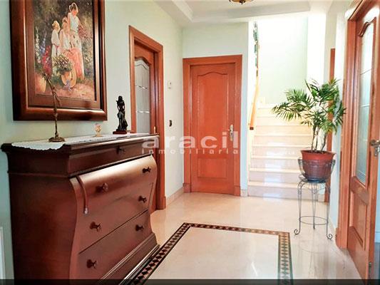 Bonito chalet de 8 habitaciones a la venta en Muro de Alcoy. - Pasillo 2