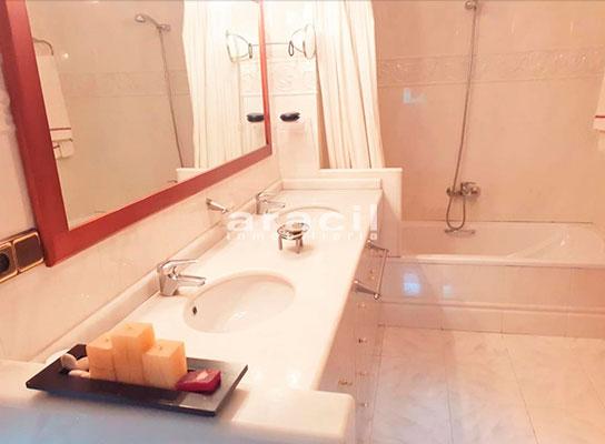 Bonito chalet de 8 habitaciones a la venta en Muro de Alcoy. - Baño 4
