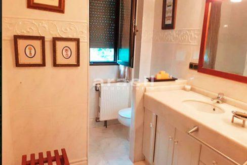 Bonito chalet de 8 habitaciones a la venta en Muro de Alcoy. - Baño 3