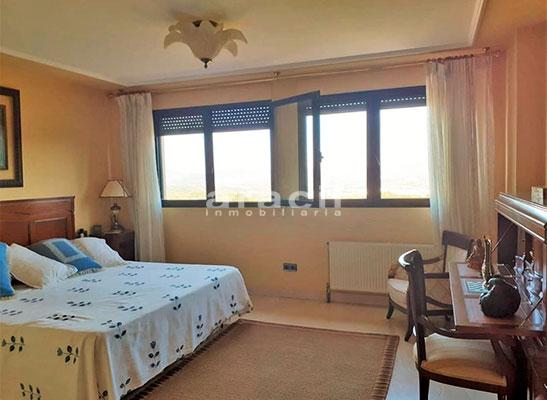 Bonito chalet de 8 habitaciones a la venta en Muro de Alcoy. - Habtiacion 8