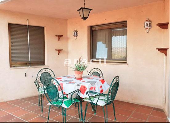 Bonito chalet de 8 habitaciones a la venta en Muro de Alcoy. - Comedor 2