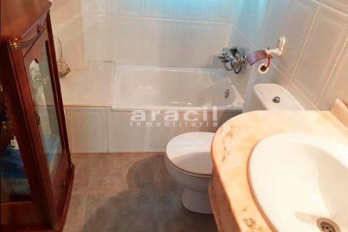 Bonito chalet de 8 habitaciones a la venta en Muro de Alcoy. - Baño