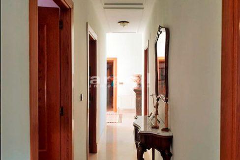 Bonito chalet de 8 habitaciones a la venta en Muro de Alcoy. - Pasillo 3