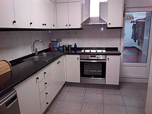 Bonito piso a buen precio en la Zona Alta, Alcoy. - Cocina