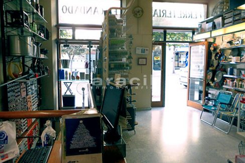 Local/ferretería de grandes dimensiones a la venta o alquiler con traspaso en el Centro de Alcoy. - Recepcion3