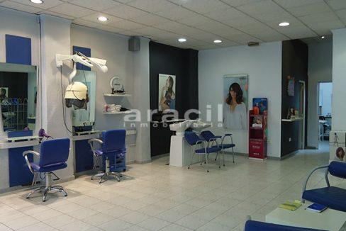 Se vende local comercial de 110m2 en Ensanche. - Sala principal 4