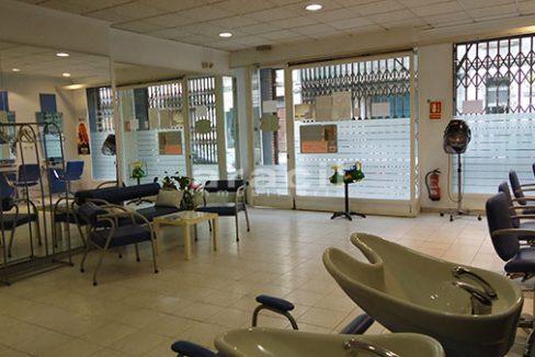 Se vende local comercial de 110m2 en Ensanche. - Sala principal 2