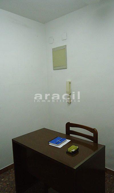 Se vende local oficina con aire acondicionado en Alcoy. - Despacho 10