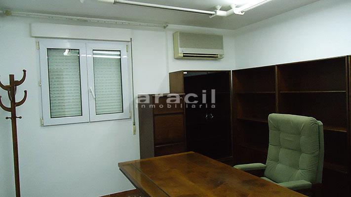 Se vende local oficina con aire acondicionado en Alcoy. - Despacho 7