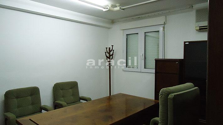 Se vende local oficina con aire acondicionado en Alcoy. - Despacho 6