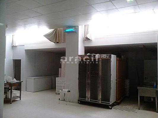 Local comercial/horno de grandes dimensiones a la venta en Alcoy. - Sala 7