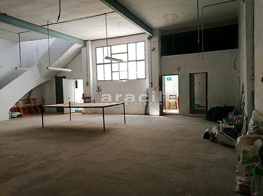 Amplio local de grandes dimensiones a la venta. - Sala 5
