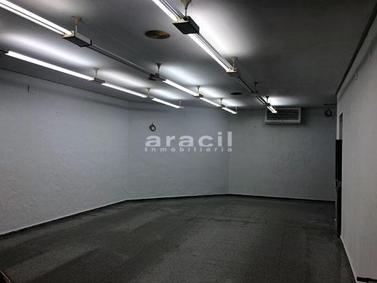 Local/ferretería de grandes dimensiones a la venta o alquiler con traspaso en el Centro de Alcoy. - Planta baja 8