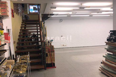 Local/ferretería de grandes dimensiones a la venta o alquiler con traspaso en el Centro de Alcoy. - Planta baja 3
