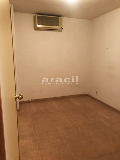 A la venta dos amplias oficinas divisibles en Ensanche. - Sala 3