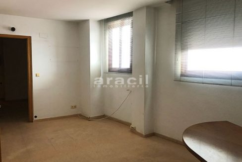 A la venta dos amplias oficinas divisibles en Ensanche. - Oficina 2