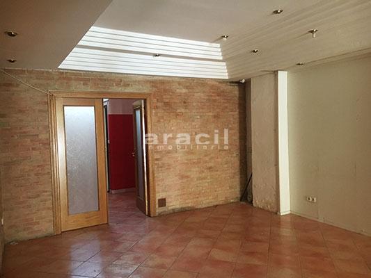 A la venta 2 locales en Ensanche. - Sala 15