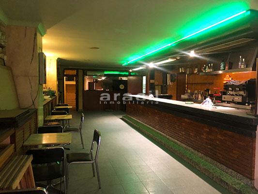 Local adaptado para hostelería a la venta en el centro. - Barra 4