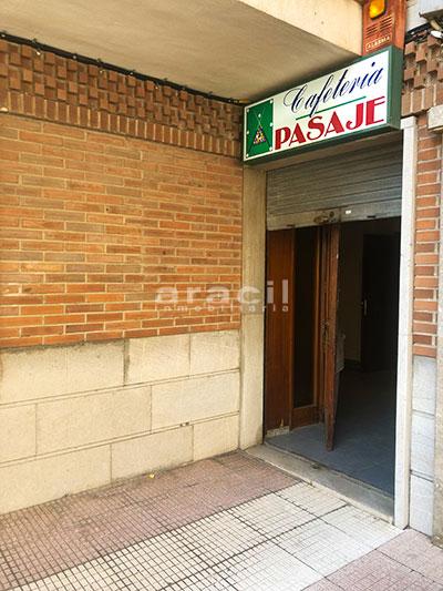 Local adaptado para hostelería a la venta en el centro. - Enrtada