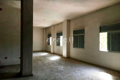 Local amplio y bien situado a la venta en Cocentaina. - Sala 3