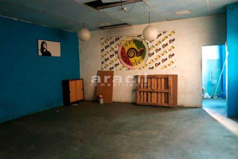 Local de 200m2 a la venta en Zona Alta. - 2 piso 5