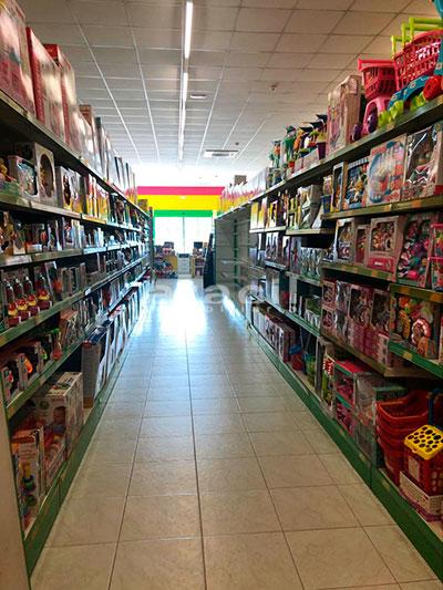 Local comercial de grandes dimensiones a la venta en la salida de Alcoy. - Pasillo