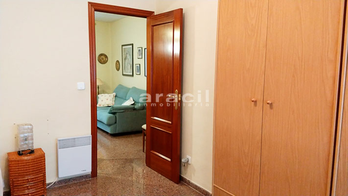 Amplio piso a la venta en Alcoy. - Pasillo