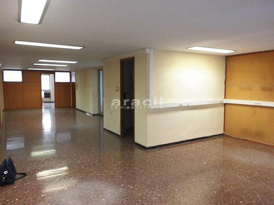 Se alquila oficina de gran tamaño en Alcoy. - Sala 2