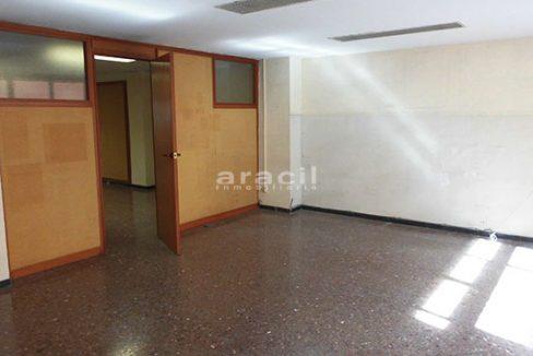 Se alquila oficina de gran tamaño en Alcoy. - Sala 9