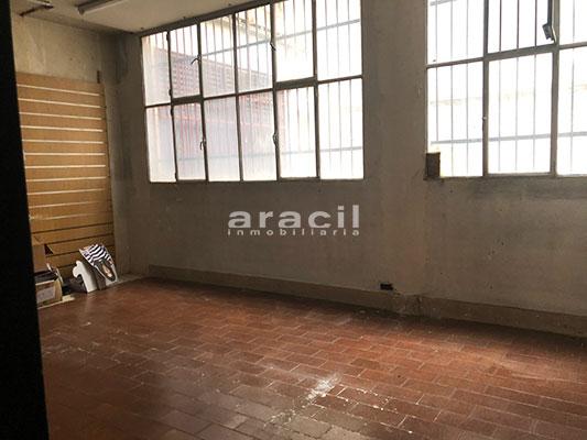 Amplio local en alquiler en Alameda - Alcoy. - Sala