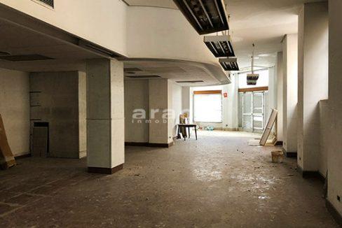 Local de grandes dimensiones a al venta en el centro de Alcoy. - Sala