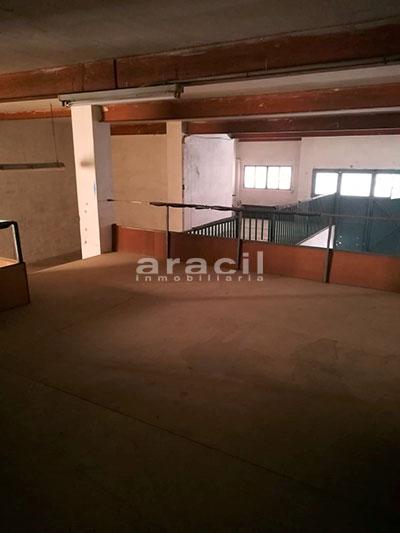 En alquiler local comercial/cochera en Santa Rosa. - Altillo 2