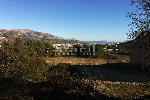 Se vende masía agrícola para rehabilitar próxima a Alcoy. - vistas