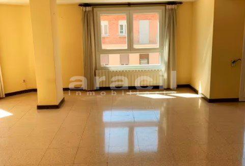 Amplio piso a la venta en Santa Rosa. - habitacion6
