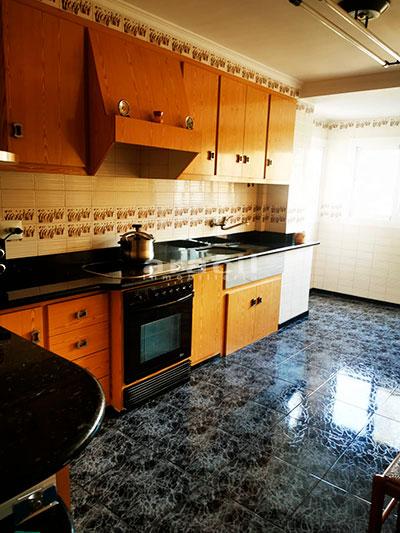 Bonito piso a buen precio en Santa Rosa. - cocina2