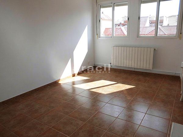 Bonito piso en perfecto estado a la venta en Alcoy. - habitacion4