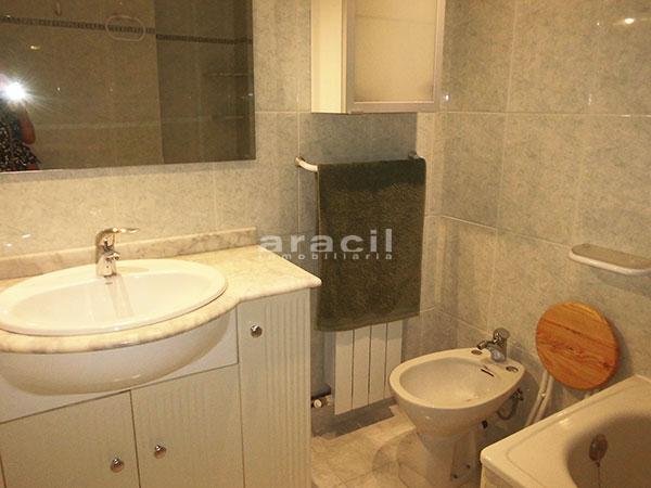 Bonito piso en perfecto estado a la venta en Alcoy. - baño1