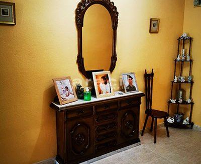 Bonito piso a buen precio en Santa Rosa. - recibidor