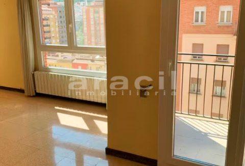 Amplio piso a la venta en Santa Rosa. - habitacion4